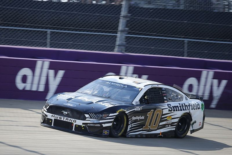 Almirola enjoys 'solid day' after difficult 2021 season