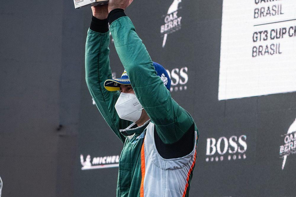 Porsche Cup: Salles admite erro em largada e paciência para chegar à vitória