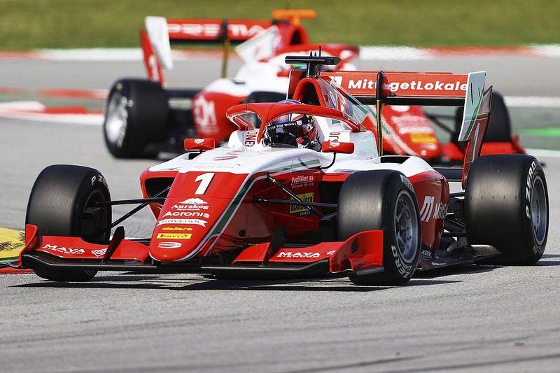 Barselona F3: Pole pozisyonundan başlayan Hauger, rahat kazandı
