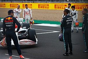 Hamilton espera acercarse a Red Bull en Silverstone