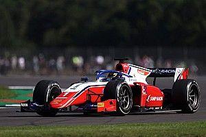Штраф лишил Шварцмана подиума в первой гонке Ф2 в Монце