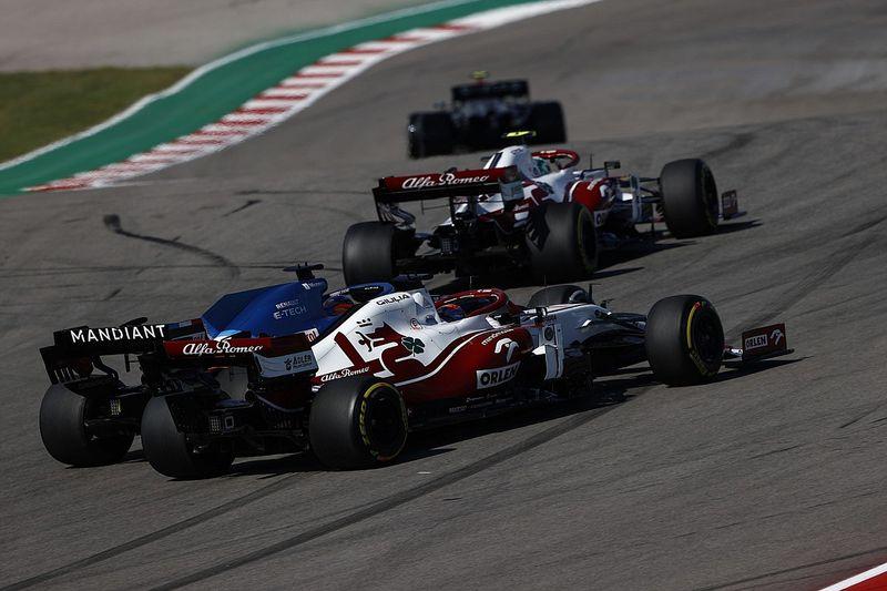 国际汽联计划与F1车手探讨莱科宁引发的界外超车问题