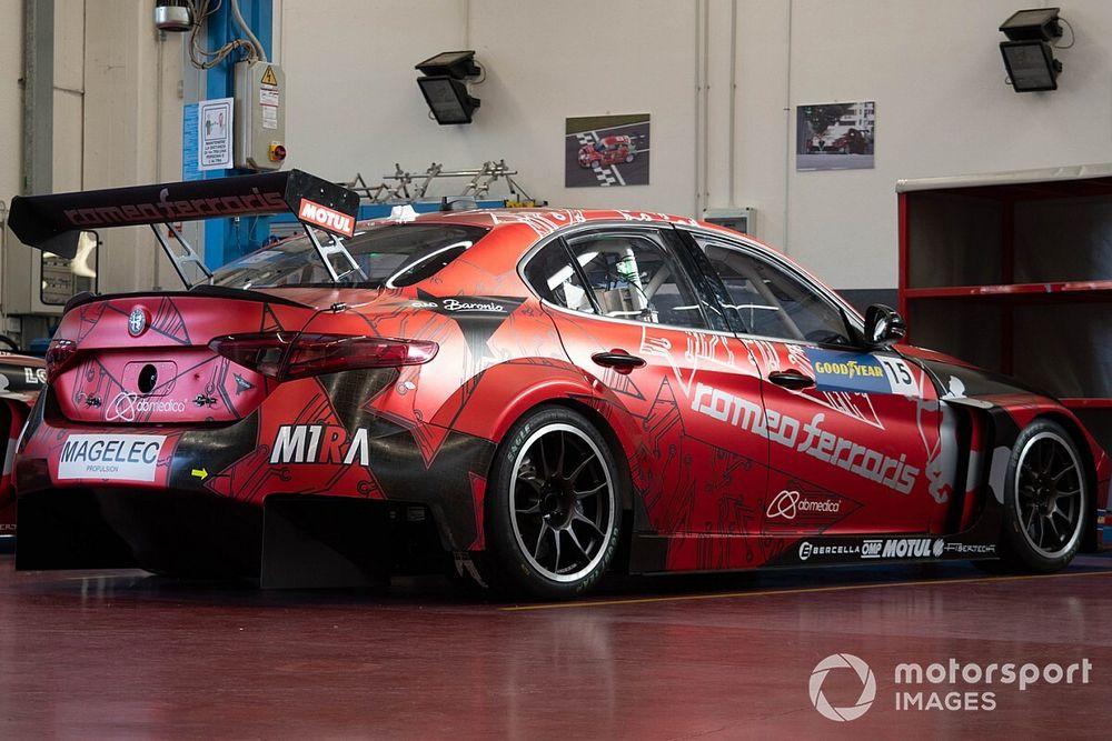 Debutta la fibra di canapa sulla Giulia ETCR di Romeo Ferraris