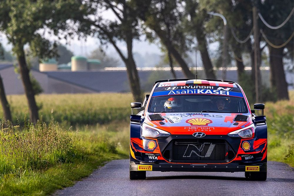 WRC Belgium: Neuville leads opening day as organisers cancel final stage