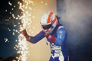 London E-Prix: Lynn wins wild race after di Grassi penalty