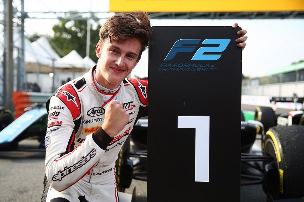 F2 Monza: Pourchaire takes second series win in dramatic sprint race