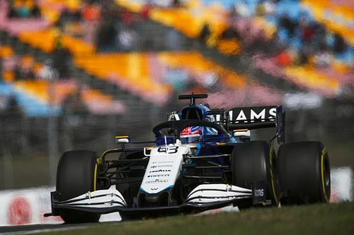A Mercedes már 2022 előtt szorosabbra fűzi az együttműködést Russell-lel