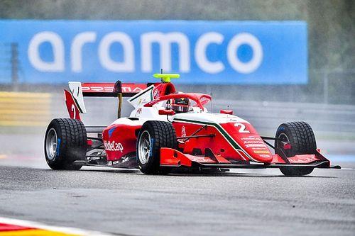 Leclerc zseniális manőverrel ugrott az élre, majd meg is nyerte az F3 futamát