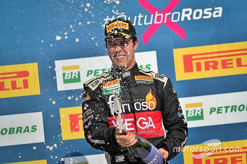 Stock Light: Raphael Abbate vence corrida 1 em Cascavel