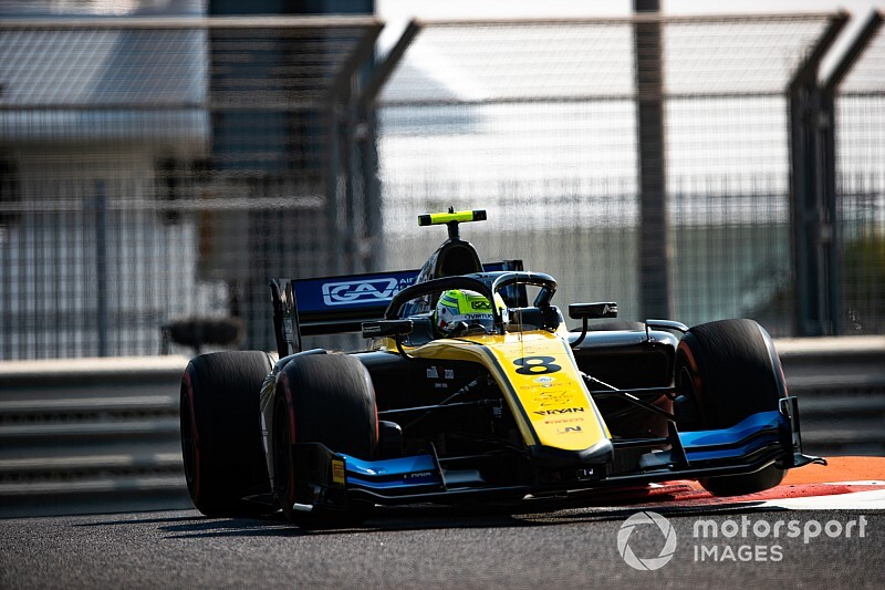 Abu Dhabi F2: Ghiotto signs off with victory