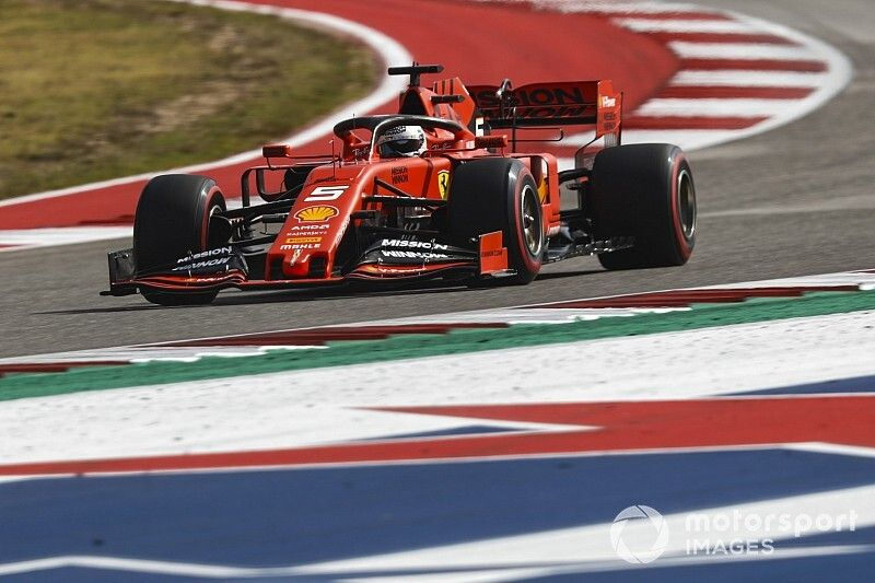 Hamilton: Ferrari has lost engine power in Austin