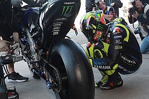 """MotoGP: Rossi insiste que """"precisa de mais"""" do motor da Yamaha"""