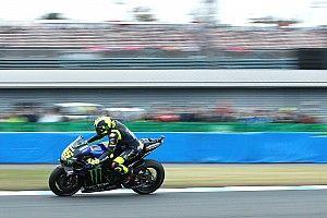 Rossi espera remontar con pista seca