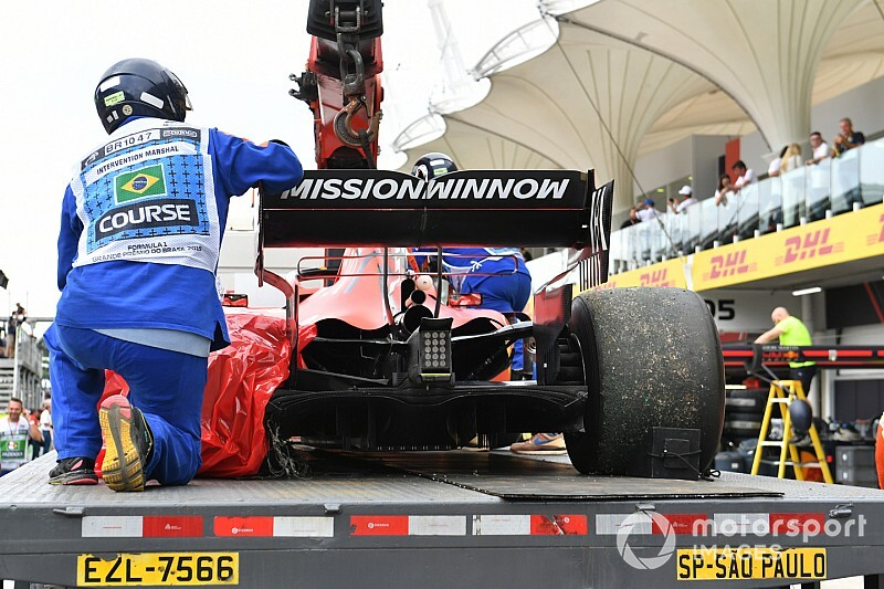 Опрос: кто виноват в столкновении пилотов Ferrari?