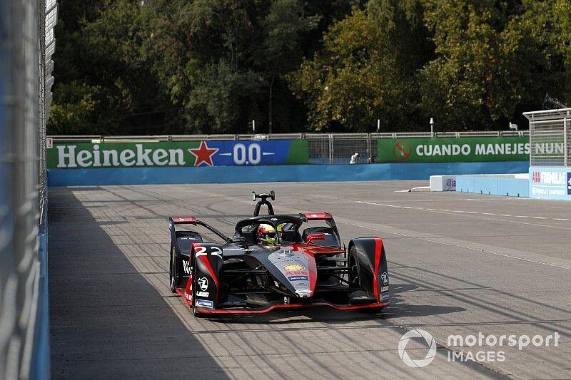 Santiago E-Prix: Rowland tops crash-shortened practice