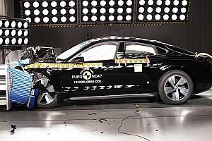 Ragyogóan vizsgázott a Porsche Taycan az Euro NCAP töréstesztjén (videó)
