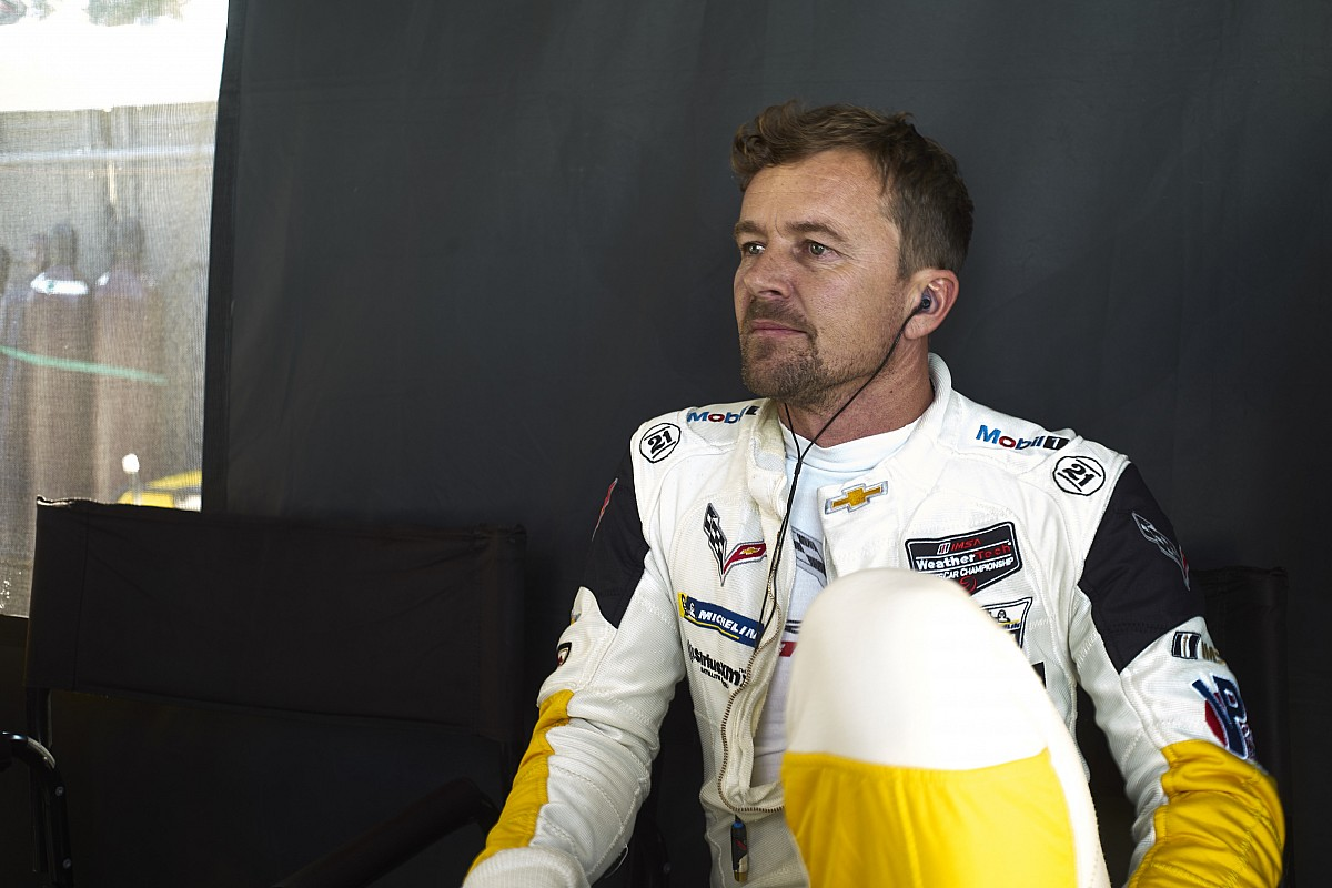 Three-time Le Mans winner Fassler retires from racing