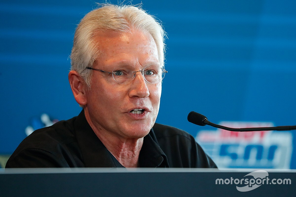 IndyCar Safety Team leader undergoes surgery for cancer