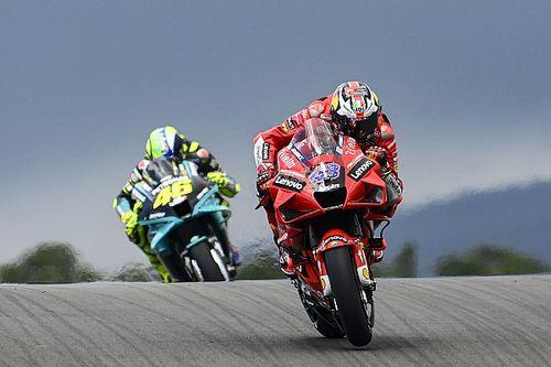 Las increíbles fotos de MotoGP en la montaña rusa de Portimao en los libres