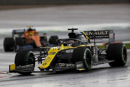 """Ricciardo : Les équipes sont """"volées"""" quand l'adhérence est trop faible"""