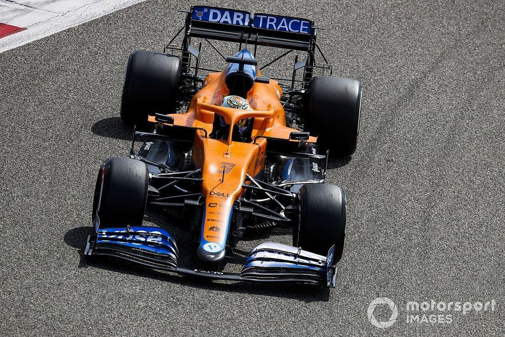 F1: Ricciardo coloca McLaren na ponta na primeira manhã da pré-temporada; Mercedes sofre problemas de câmbio
