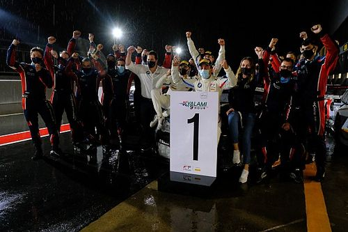 BMW triumfuje na Kyalami