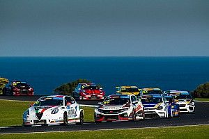 Phillip Island TCR: O'Keeffe wins Race 2, Tanders clash