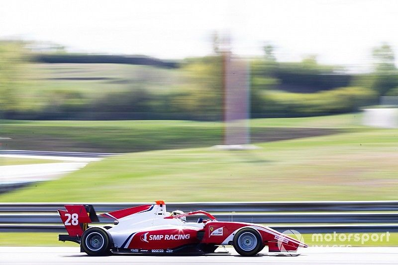 Ferrari's Shwartzman ends F3 pre-season testing on top