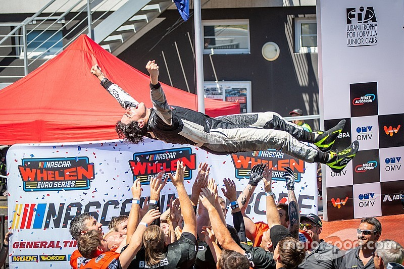 Nicolo Rocca scores dramatic win after Hezemans engine trouble