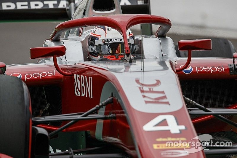 Sochi F2: De Vries beats Norris, Russell to pole