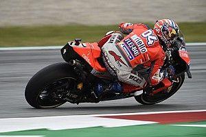 Tertahan Lorenzo, Dovizioso kehilangan peluang menang