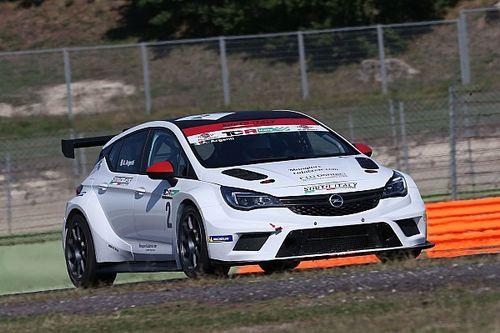 Argenti e Nataloni pronti a scendere in campo con le rispettive Opel nel TCR Italy 2019