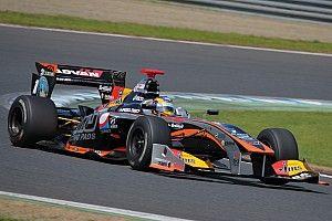 Ишиура выиграл гонку Суперформулы в Мотеги, Кэссиди вышел в лидеры сезона