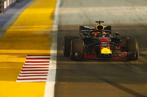 Red Bull eerste en tweede tijdens eerste training Singapore