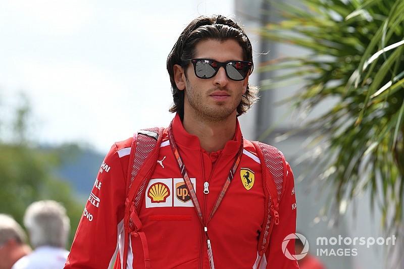 Sauber waiting for Ferrari on Giovinazzi call