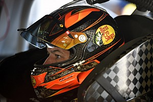 Truex supera incidente y vence en Richmond