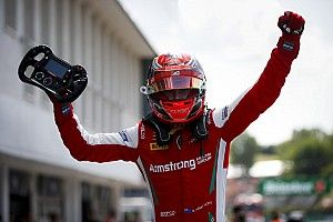 Hungary F3: Armstrong wins, drama for Shwartzman