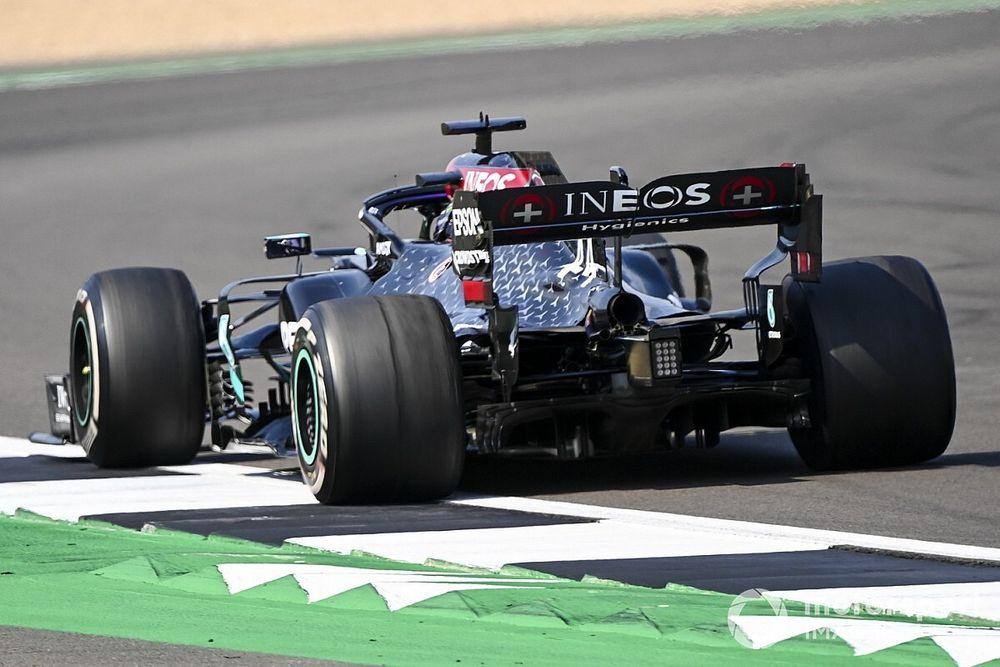 Pirelli diz que reduzir downforce não é solução para aumentar segurança na F1