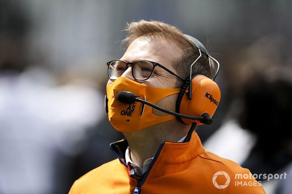 A McLarennek áldozatot kell hoznia a Mercedes miatt