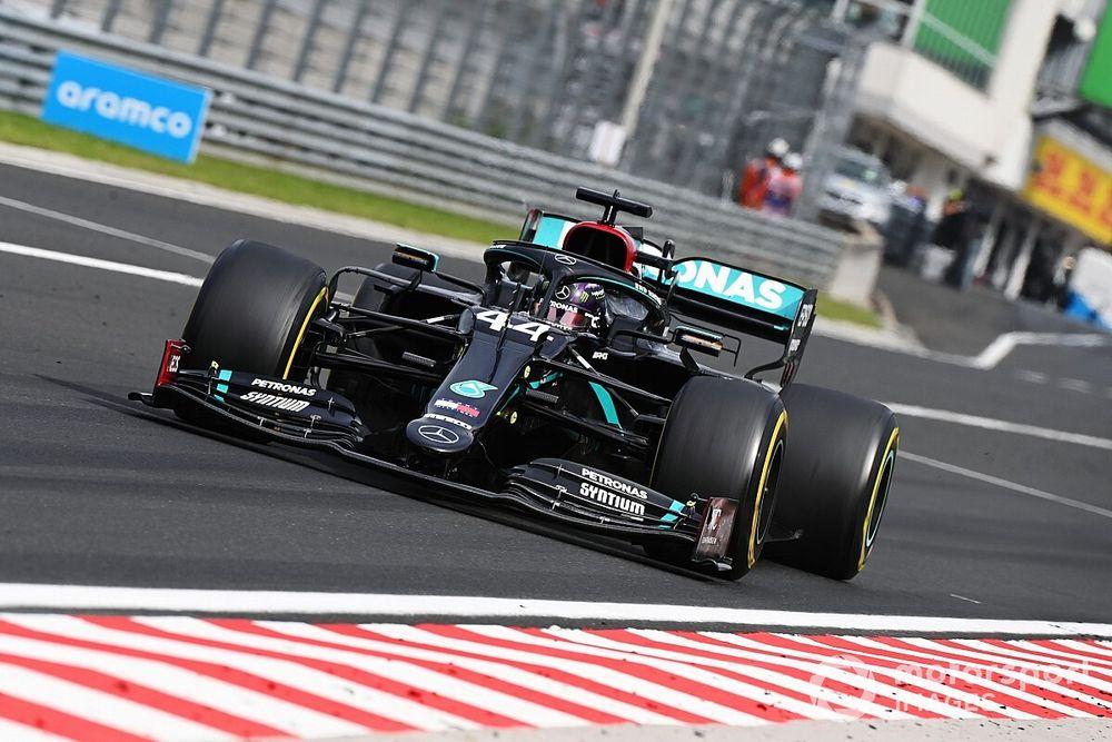 """Mercedes explains Hamilton pitstop """"confusion"""""""