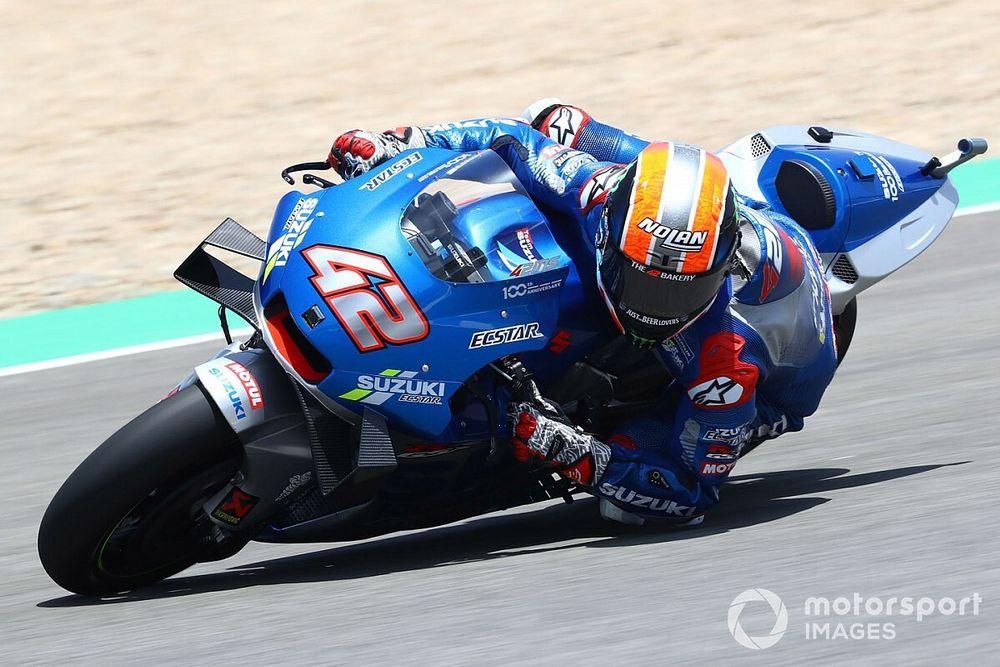 Rins, con una fractura-luxación en el hombro, se complica correr en Jerez