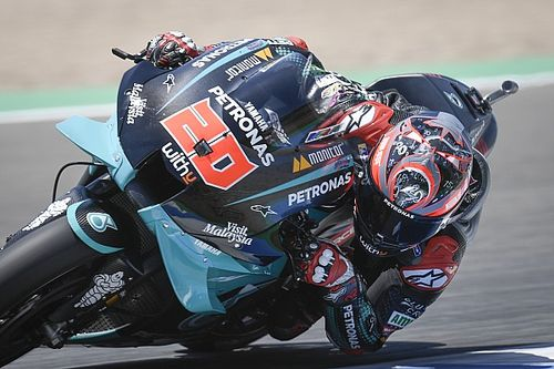 MotoGP, Andalusia, Warm-Up: Quartararo al top, risale Dovizioso