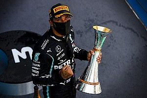 İspanya GP: Hamilton kazandı, Verstappen 2. oldu!