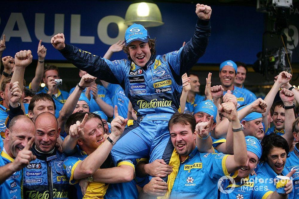 Cálido recibimiento a Alonso en su regreso a la F1
