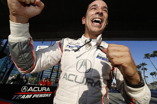 Castroneves z rekordem
