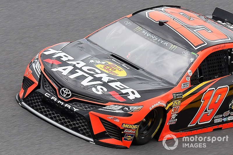Martin Truex Jr. leads first Daytona 500 practice session