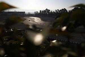 Video: Vettel ve Hamilton'ın testlerdeki en hızlı turu