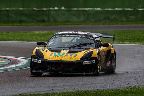 Francesco Garisto conquista la sua prima vittoria in Lotus Cup Italia