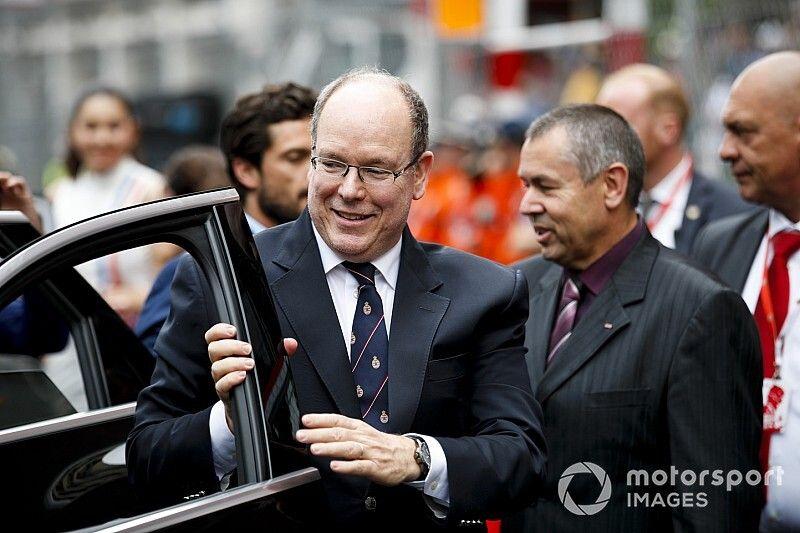 Князь Монако заразился коронавирусом. Гран При Формулы 1 окончательно отменили