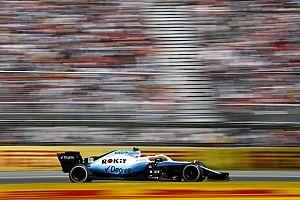 Вильнев не поверил, что Williams дал Кубице и Расселлу разные машины